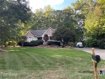 5318 Shoreview Drive, Concord, NC, 28025,