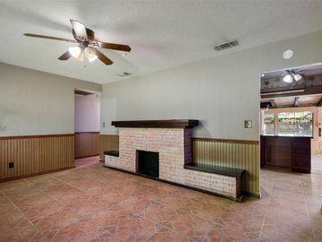2910 W BURKE STREET, Tampa, FL, 33614,