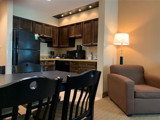 8303 PALM PARKWAY #116