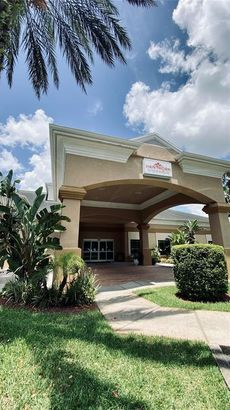 8303 PALM PARKWAY #319