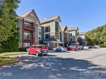 1000 Olde Eastwood Village Boulevard #104, Asheville, NC, 28803,