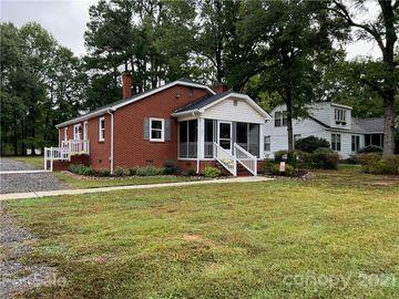 636 E Iredell Avenue, Mooresville, NC, 28115,