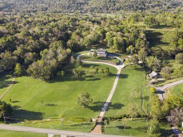 8235 Old Springfield Pike, Goodlettsville, TN, 37072,