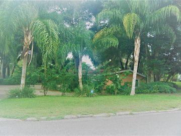 131 E PALMETTO AVENUE, Howey In The Hills, FL, 34737,