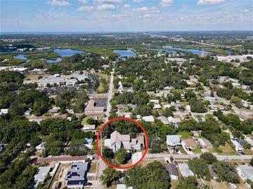 302 N DISSTON AVENUE, Tarpon Springs, FL, 34689,