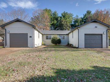 705 Castle Dr, Franklin, TN, 37067,
