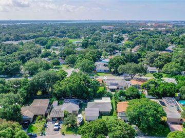 10426 KUMQUAT LN, Seminole, FL, 33772,