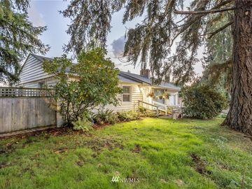 6604 MT Tacoma Drive SW, Lakewood, WA, 98499,