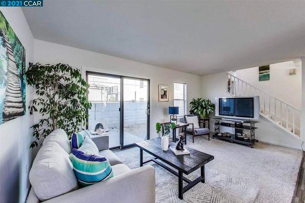 55 Garnett Terrace