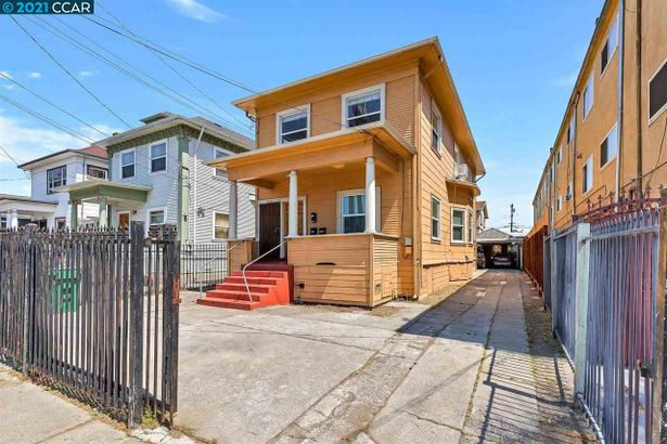 1522 27Th Ave