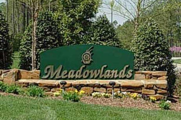1472 Meadowlands Drive