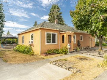 165 W GLOUCESTER, Gladstone, OR, 97027,