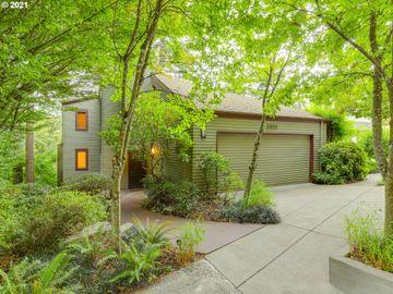 2804 SW HILLSBORO, Portland, OR, 97239,