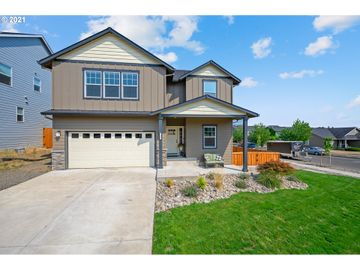 126 NW VALLEYS EDGE, Mcminnville, OR, 97128,