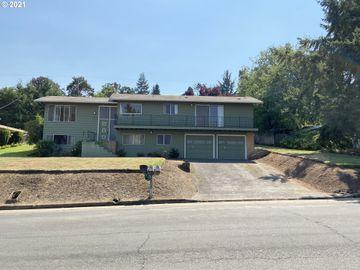 2460 W 21ST, Eugene, OR, 97405,