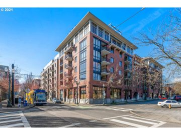 1030 NW JOHNSON #424, Portland, OR, 97209,