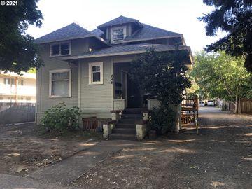 648 W 5TH, Eugene, OR, 97402,
