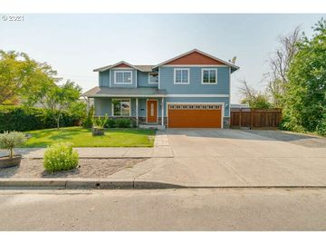 2071 NW MEADOWS, Mcminnville, OR, 97128,