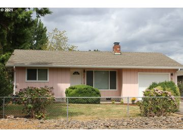 564 W M, Springfield, OR, 97477,