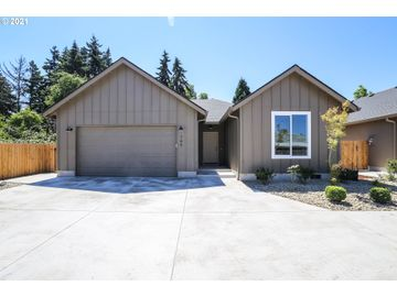 745 Fairview, Springfield, OR, 97477,
