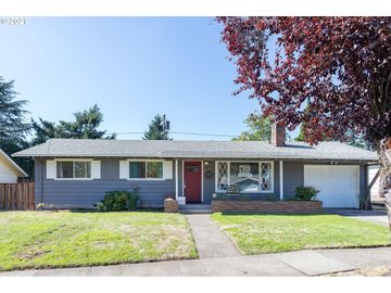 731 SE 143RD, Portland, OR, 97233,