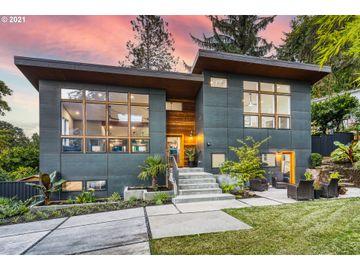 10630 S COLLINA, Portland, OR, 97219,