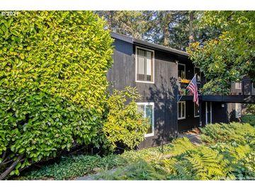 2661 WOODSTONE, Eugene, OR, 97405,
