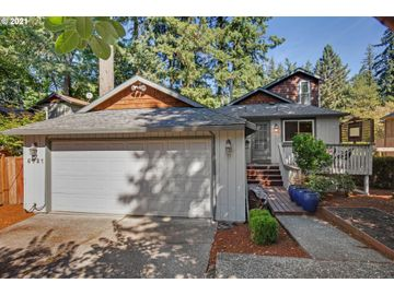 5421 SW VACUNA, Portland, OR, 97219,