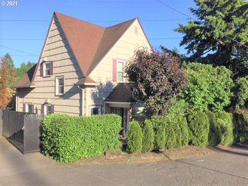 7904 SW 14TH, Portland, OR, 97219,