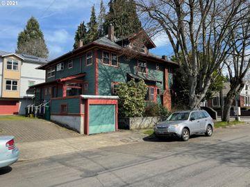 1041 SE CESAR E CHAVEZ, Portland, OR, 97214,