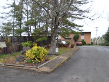 3104 N Broadway St #A2, Knoxville, TN, 37917,