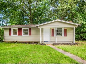 829 Spring Drive, Knoxville, TN, 37920,