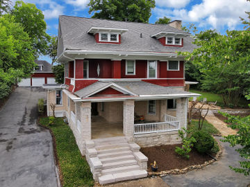 2809 Kingston Pike, Knoxville, TN, 37919,