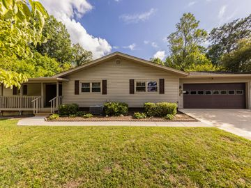 1920 Lenland Ave, Knoxville, TN, 37920,