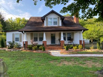 504 Woodlawn Pike, Knoxville, TN, 37920,
