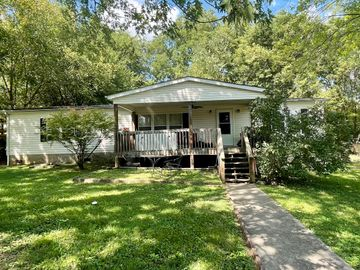 925 NE Colonial Ave, Knoxville, TN, 37917,