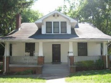 2609 Barton St, Knoxville, TN, 37917,