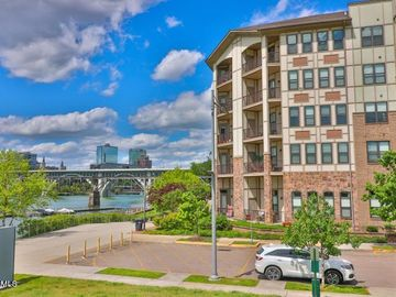 445 W Blount Ave #301, Knoxville, TN, 37920,