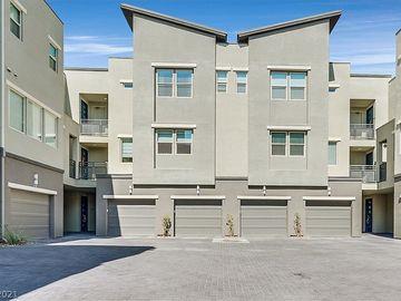 11256 Rainbow Peak Avenue #305, Las Vegas, NV, 89135,