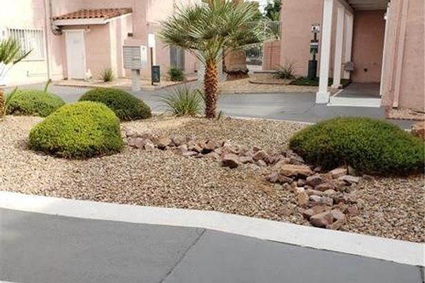 2290 Desert Inn