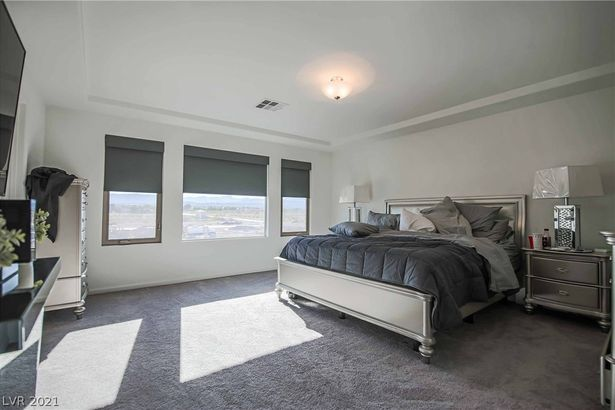 9045 Knots Estate