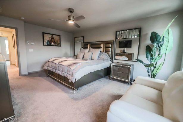 8048 Haywood Estate Avenue