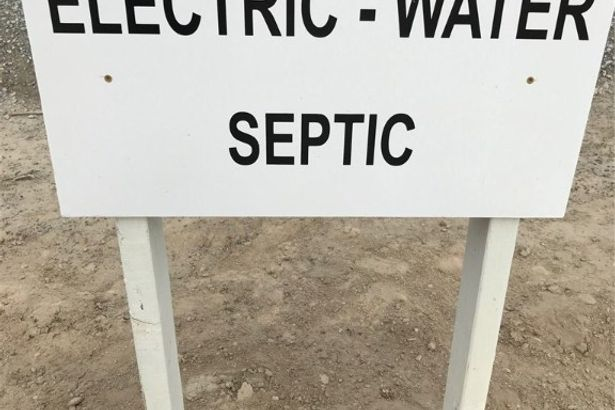 5840 Belmont WATER-POWER-SEPTIC
