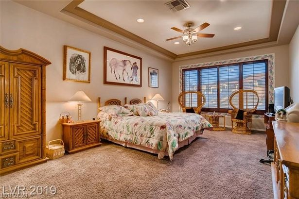 2181 Cottage Lake Court