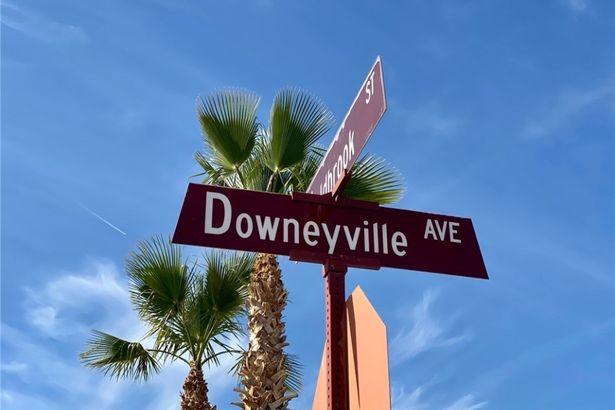 2549 Downeyville Avenue