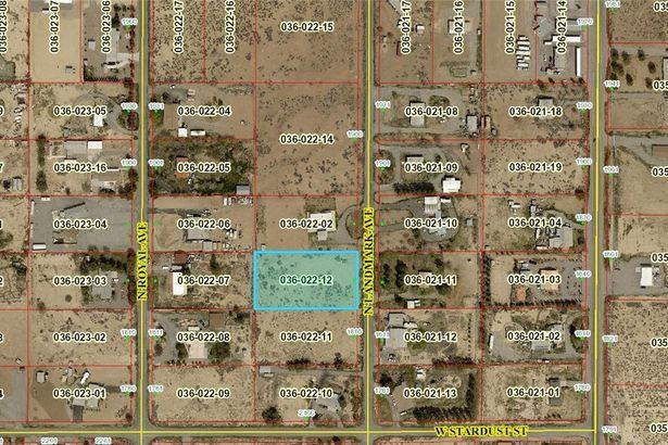 1840 N Landmark Avenue