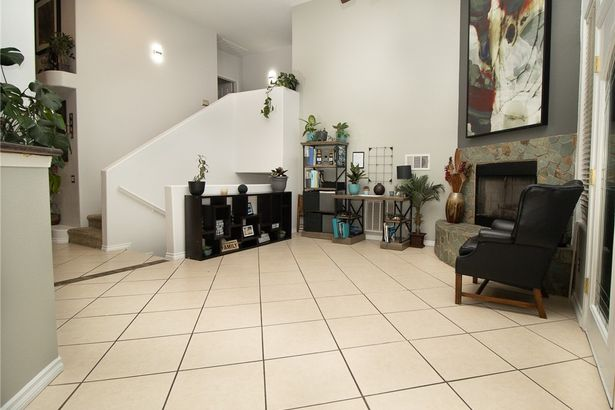 1404 Garnet Place