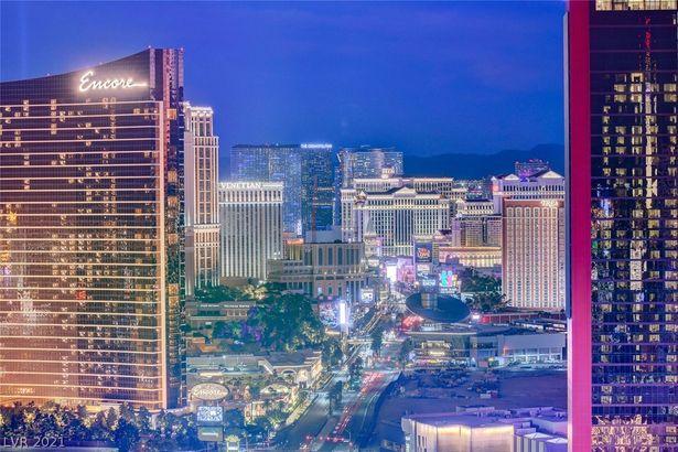 2700 Las Vegas Boulevard #4002