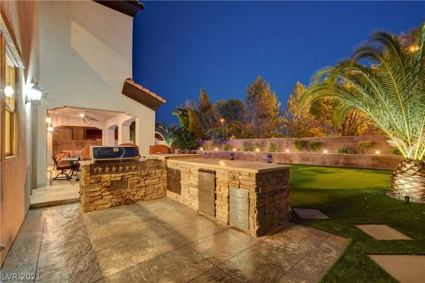 4135 Villa Rafael Drive