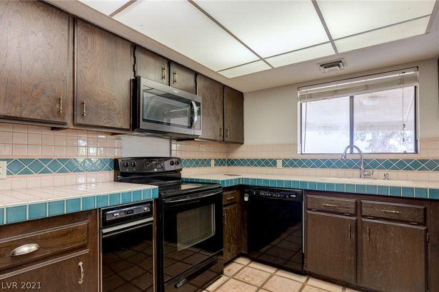 3140 Aloha Avenue